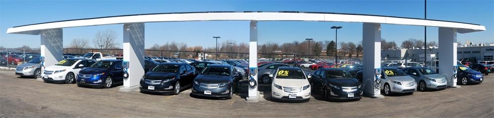 auta-elektryczne-na-stacji